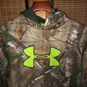 UNDER ARMOUR LOOSE XL GREEN CAMO LT WEIGHT HOODIE